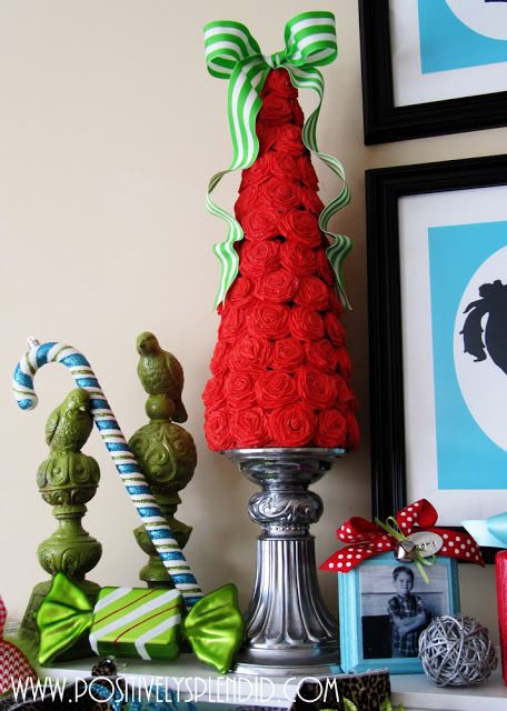 This rolled rosette Christmas tree at Positively Splendid is so beautiful!
