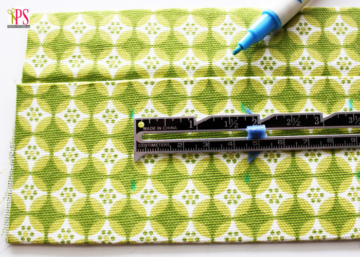 Sewing pattern for a compact first aid kit roll