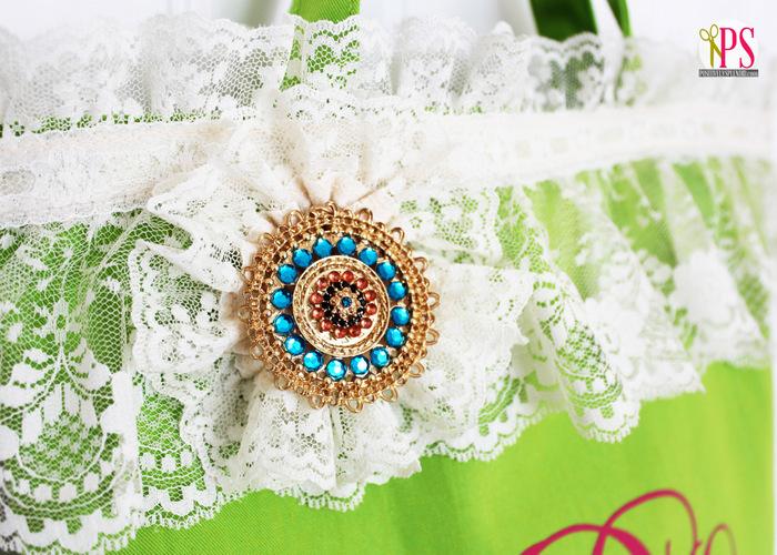 Lace-Embellished Spring Tote :: PositivelySplendid.com