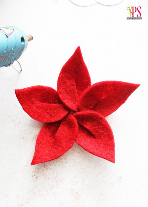 DIY Felt Flowers :: PositivelySplendid.com