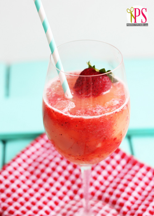 Fizzy Lemon-Berry Slush :: PositivelySplendid.com