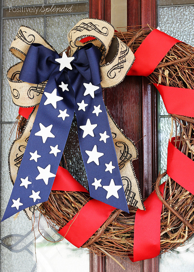 This patriotic wreath is so pretty, and SO easy to make!