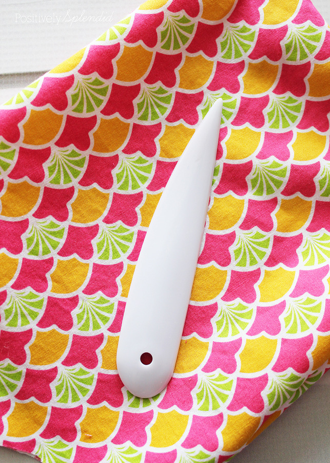 A handy point turning tool, plus 5 more incredibly useful sewing tools you might not already own. Can't wait to try some of these!
