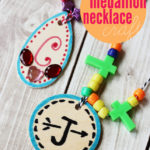 Medallion Necklace Kids' Craft