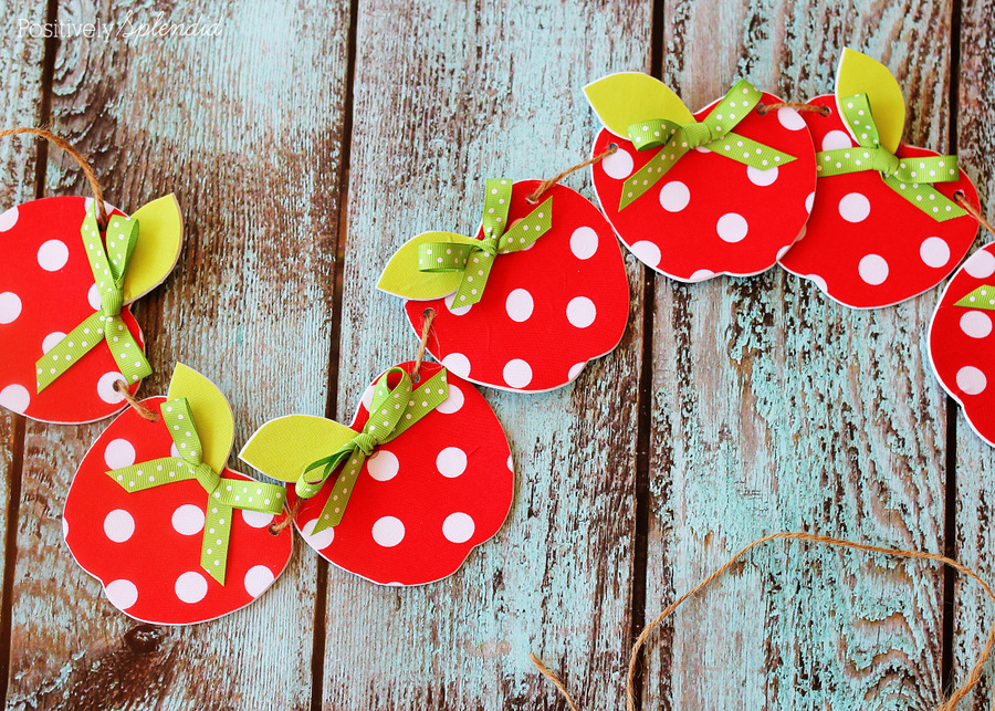 Easy no sew fabric apple garland for Apple tree classroom decoration