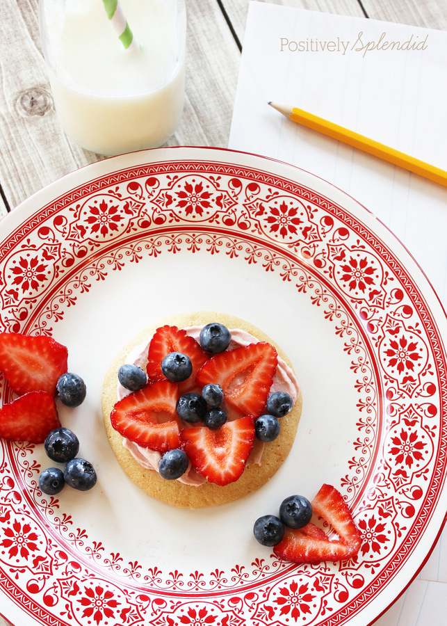 Individual fruit pizzas made with store-bought sugar cookies. Easy and delicious! #givebakery