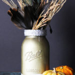 Stunning metallic vases made with mason jars. Perfect for weddings and centerpieces!