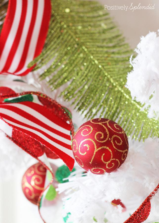 DIY Christmas Wreath at Positively Splendid