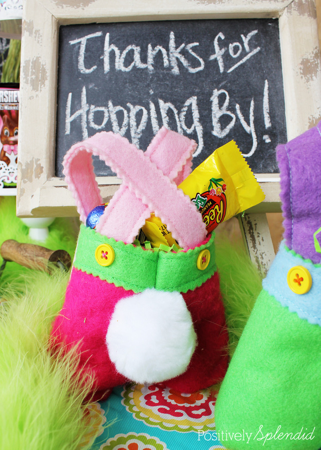 Bunny pants treat bags. Adorable! #HersheysEaster