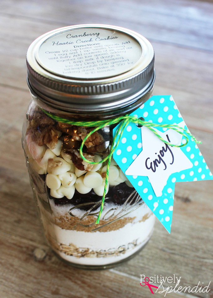 Cranberry White Chocolate Jar Cookie Mix Gift Idea #MakeAmazing