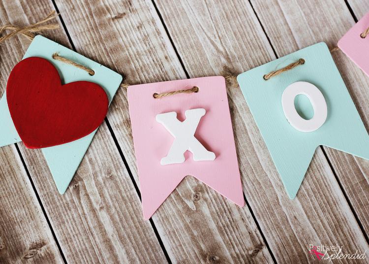 Valentine Craft Idea: DIY XOXO Banner