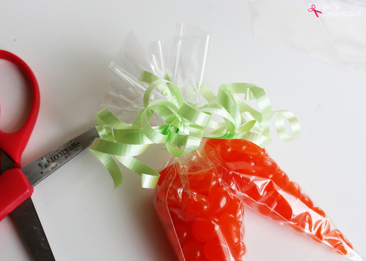 Jelly bean carrot treat bags at Positively Splendid. An adorable idea for filling Easter baskets!