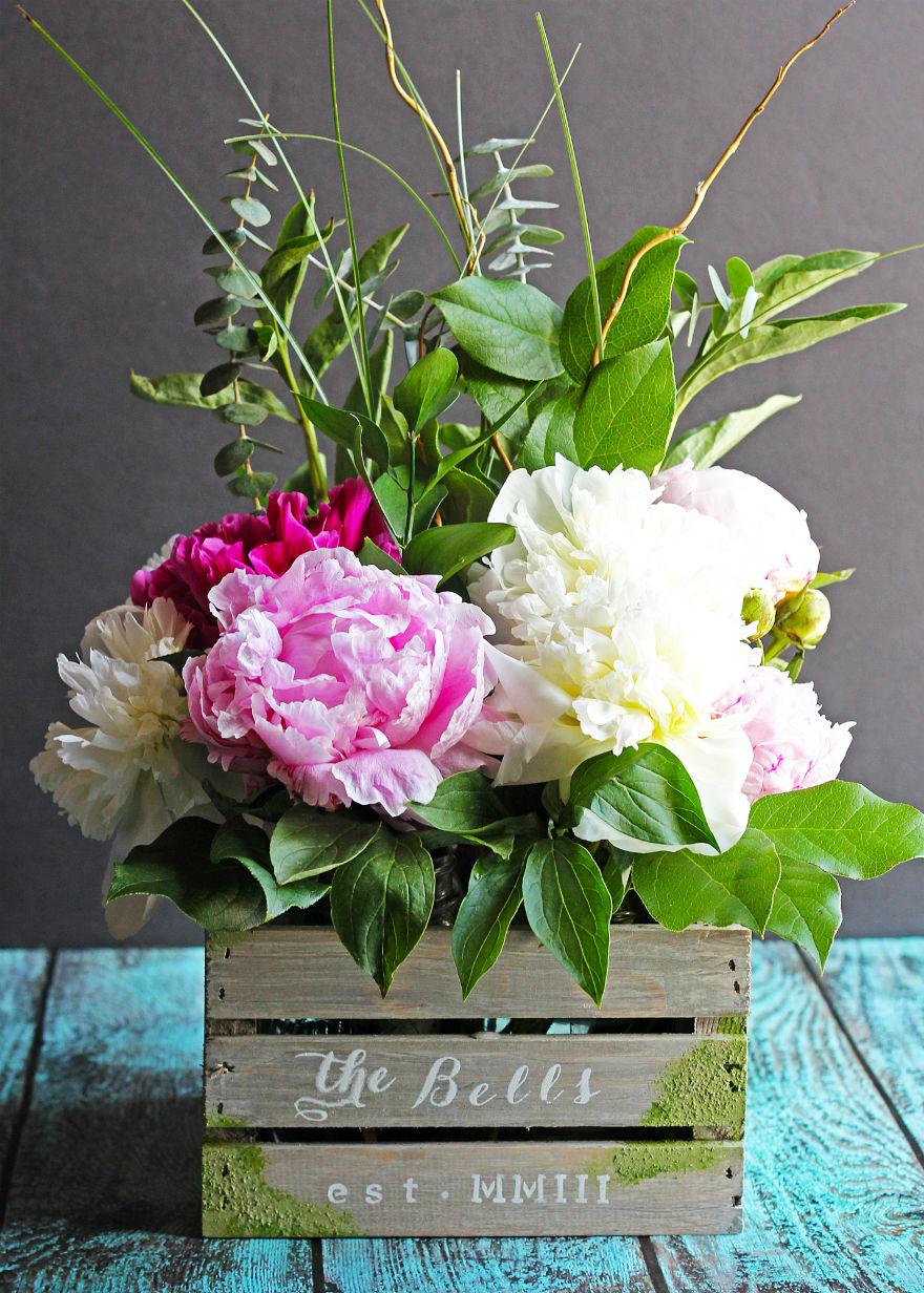 Diy Barnwood Crate Flower Centerpiece