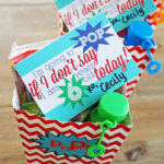 Pop Party Favor Idea with Free Printables #MichaelsMakers