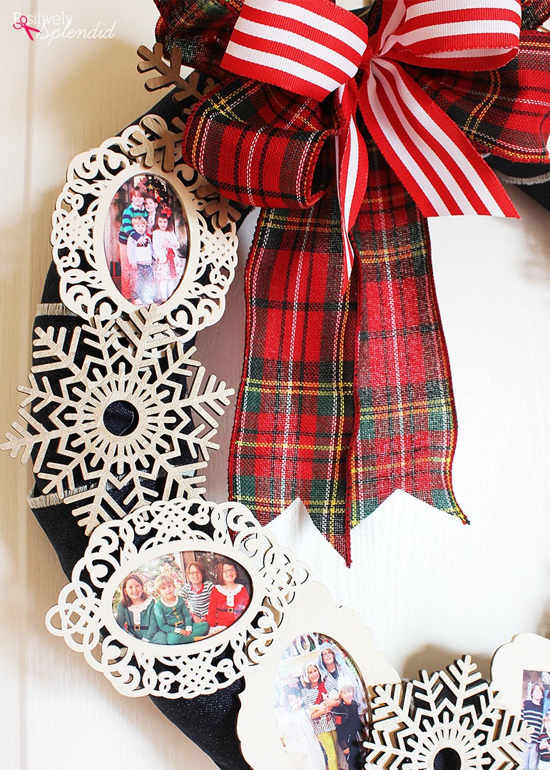 Christmas Memory Photo Wreath - Such a great way to use favorite holiday photos from throughout the years! #PlaidCreators
