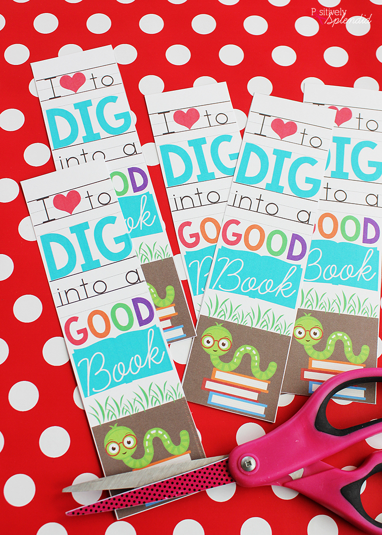 Valentine bookmark to color - If Desired Have A Child Write The To From Information For Each Classmate Onto The Back Of Each Bookmark