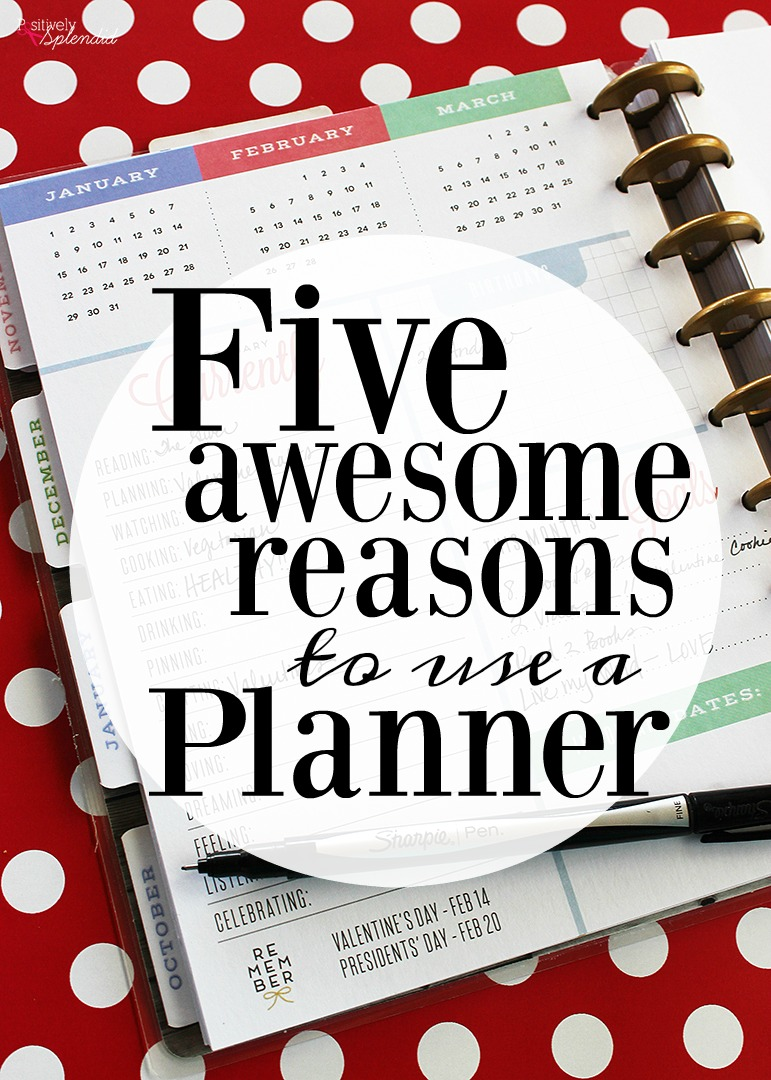 5 ways that using a planner can make your life better. So much great information! #michaelsmakers #spottedatmichaels