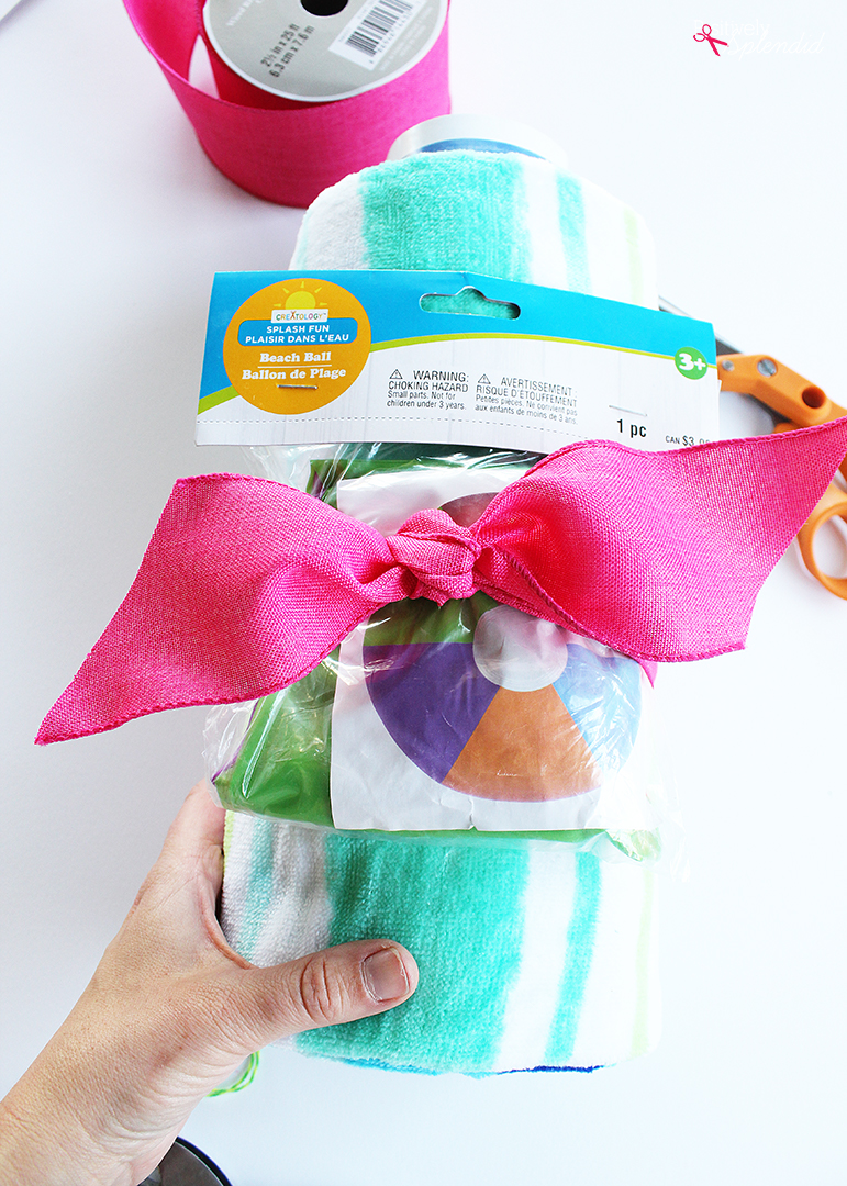 Teacher Pool Gift Idea with Free Printables - A great idea for teacher appreciation for the end of the school year!