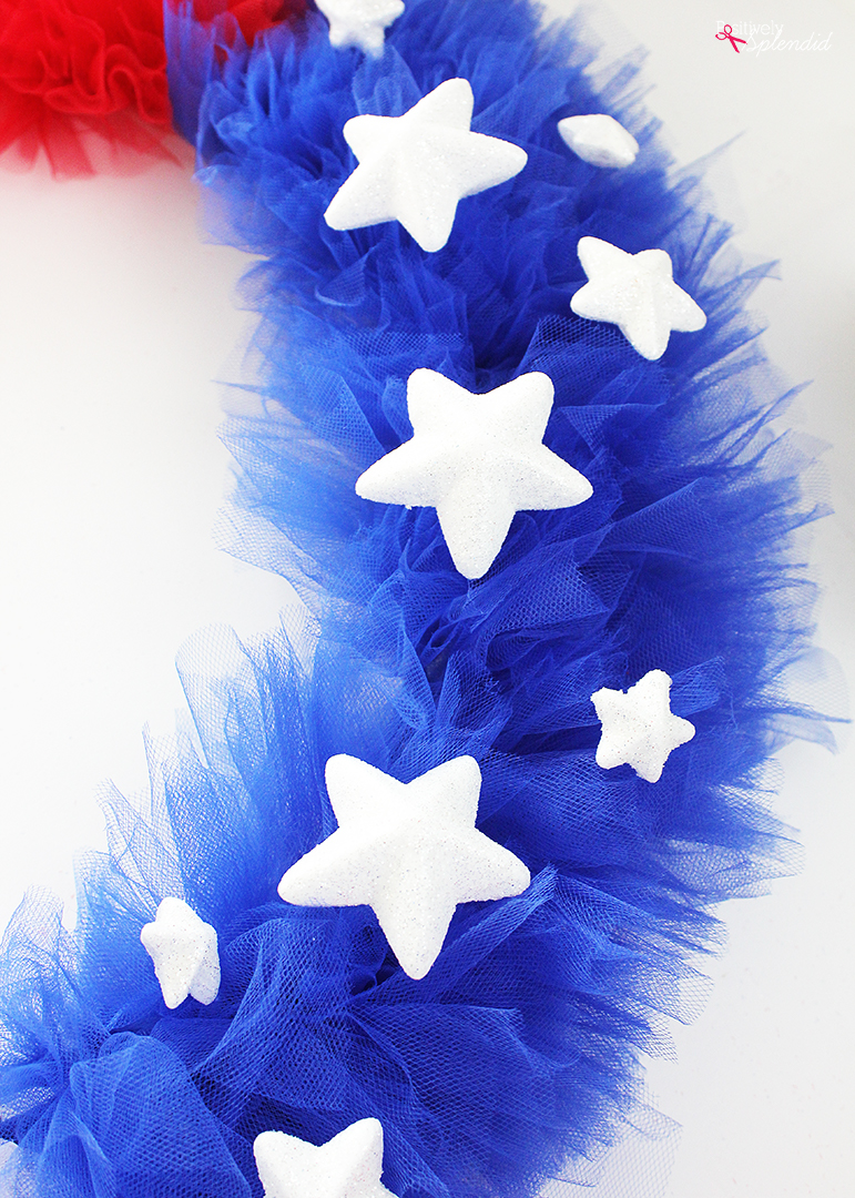 Patriotic Tulle Wreath Craft Tutorial Perfect For July 4th And Memorial Day