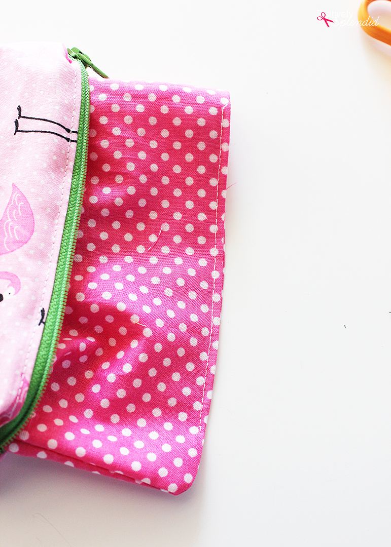 DIY Zipper Pencil Pouch - A great project to use up scraps, and easy enough for beginners! #makeitwithmichaels