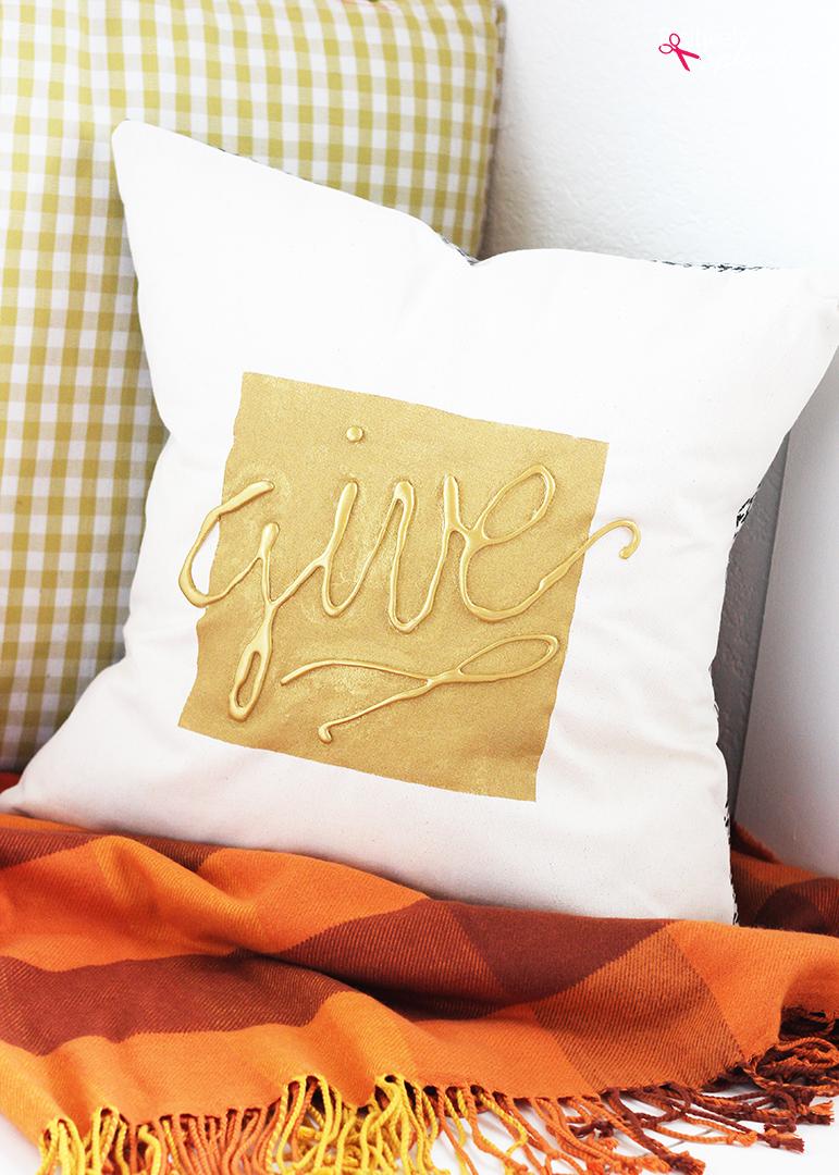Hot Glue Embellished DIY Throw Pillow Tutorial