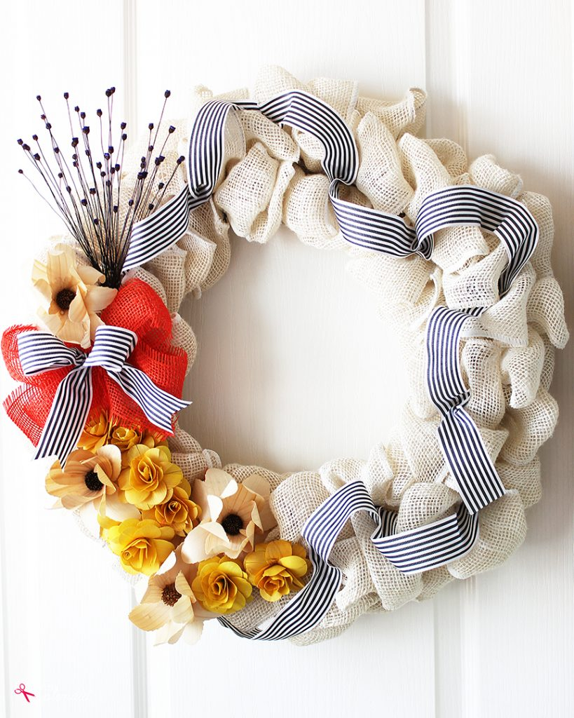 How to Make a DIY Burlap Flower Wreath - Such a pretty idea for any season!