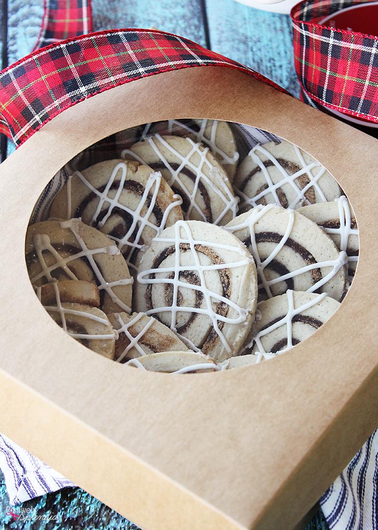 Cinnamon Roll Cookies with Cream Cheese Glaze
