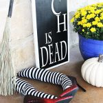 Wicked Witch Leg DIY Halloween Porch Decor Idea - So fun and festive!