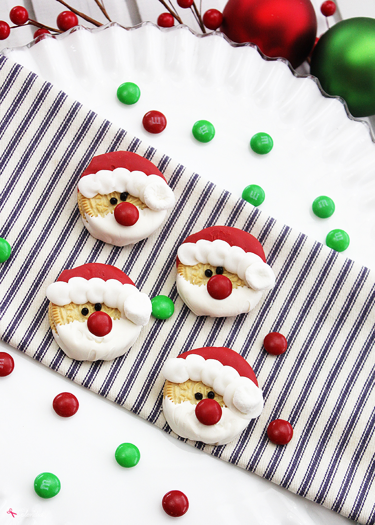 Easy Christmas Treats.Santa Oreos