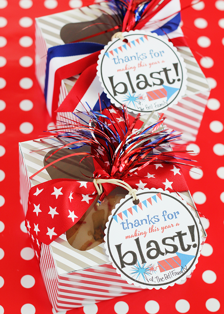 Boxed Mini Cake with Patriotic Printable