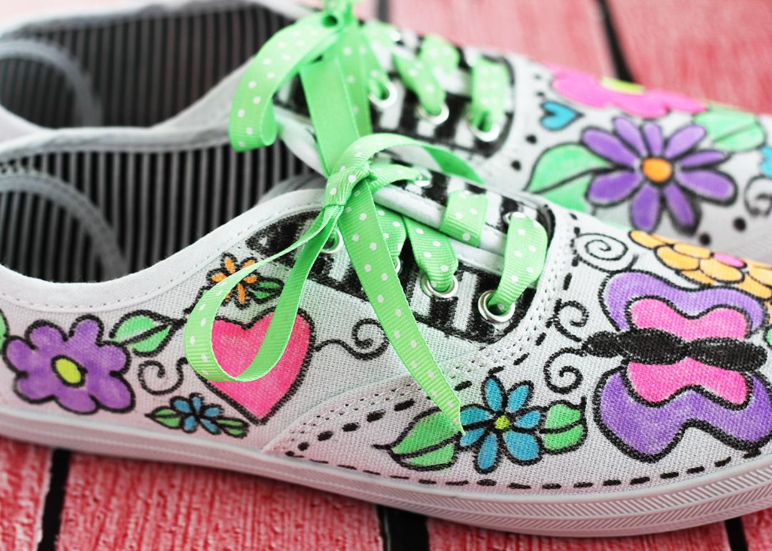 Fabric Pen Doodle Tennis Shoes