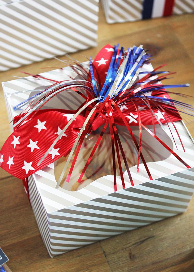 Mini Cake Box Gift