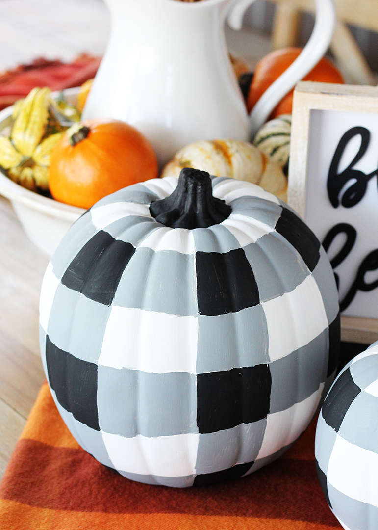 Black and White Check Pumpkins
