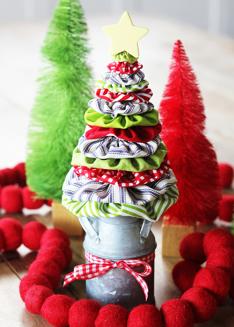 Christmas Tree Made of Fabric Yo Yos